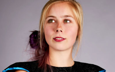 Caitlin  van  der  Scheer